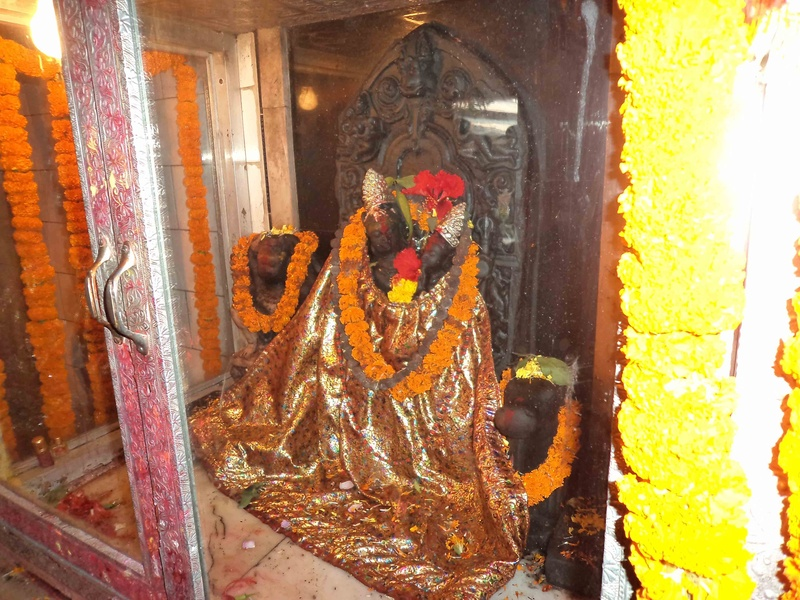 Idol inside the Ekadash Rudra Temple